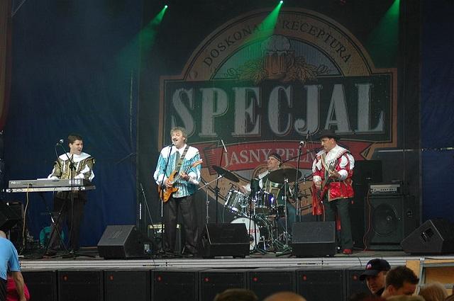 Zespół Trubadurzy podczas koncertu